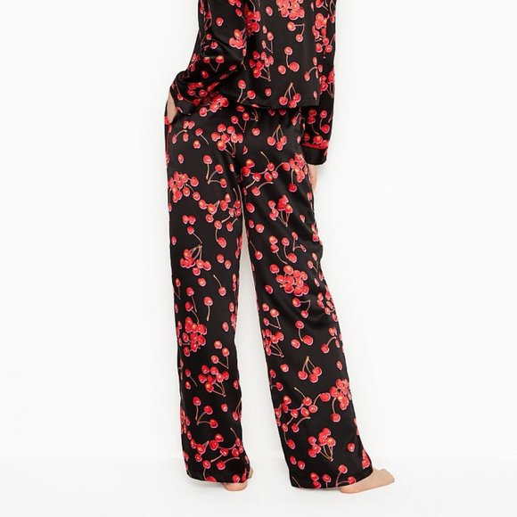 VICTORIA'S SECRET Women's Large Black Cherry Satin Pajama Pants PJs Red   Materi